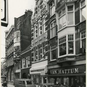 Winkel van Van Hattum aan het Noordeinde 23-15 ca. 1990)