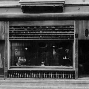 Juwelier Steltman, Noordeinde 42a, ca. 1921