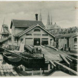 Houtzagerij De Nijverheid van de firma Van Gogh, Veenkade, ca. 1900