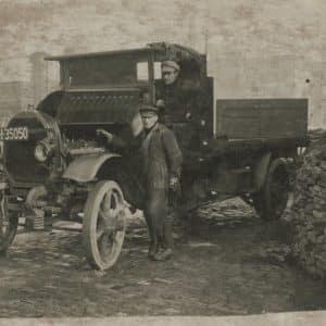 Brandstoffenhandel vh C.C. Lens & Aandewiel, ca. 1920