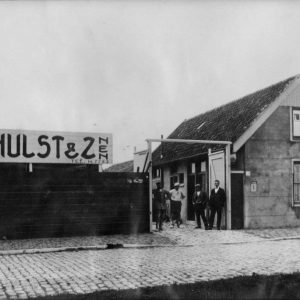 Verhulst, bouwmaterialenhandel, Waldorpstraat 250, jaren 20