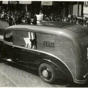 Residentieweek, bedrijvenoptocht, Felix kattenbrood, 1936