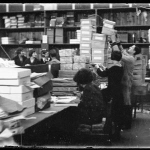 Bijenkorf, magazijn, 1932