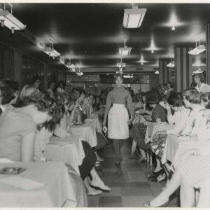 Bijenkorf-tienershow, 1959