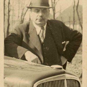 Elva, L. Valkenburgh, jaren 30