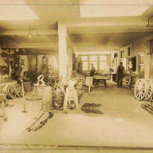 Elva werkplaats, Vaillantlaan, jaren 20