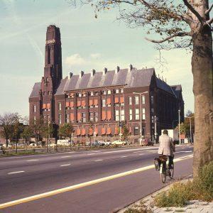 Esso hoofdkantoor, 1981