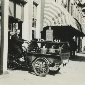 Feenstra Sumatrastraat, bedrijfsbakfiets, 1934