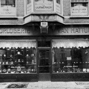 Van Hattum, juwelierswinkel, Noordeinde,1926