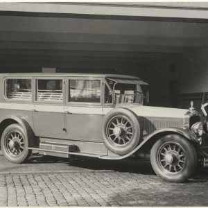 Innemee, grijze lijkauto, 1934