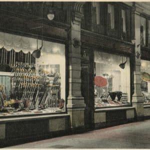 Laboyrie parapluwinkel Passage, jaren 30