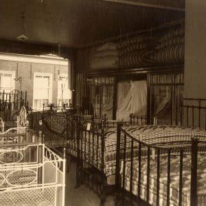 P.B. van Moorsel, Kerkplein 12, bedden, 1912