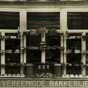 Etalage Oude Vette Hen - HBF, ca. 1930