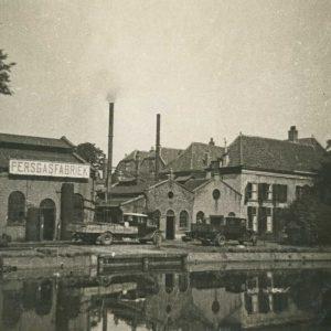 Persgasfabriek aan de Vliet, 1933