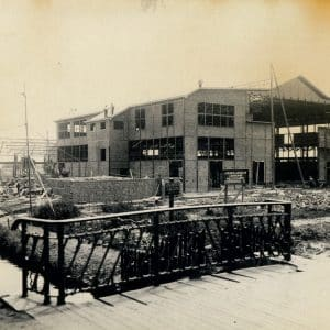 Starliftfabriek in aanbouw, Westvlietweg, Leidschendam, 1929