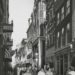 Van Wijk, metaalwaren, Vlamingstraat 24, 1960