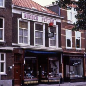 Bik, Hoeden en Petten, ca. 1990