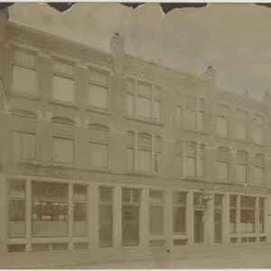 Volharding de (1893 - heden)